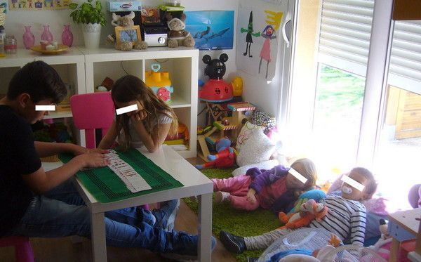 methodes montessori de 5 ans. Black Bedroom Furniture Sets. Home Design Ideas